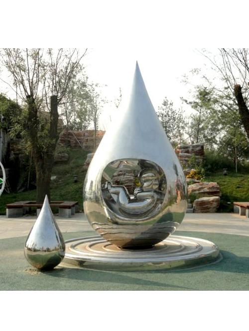 四川不锈钢雕塑的优点